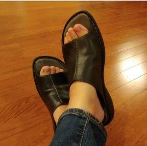 Merrell Leather slip on Sandals size 8